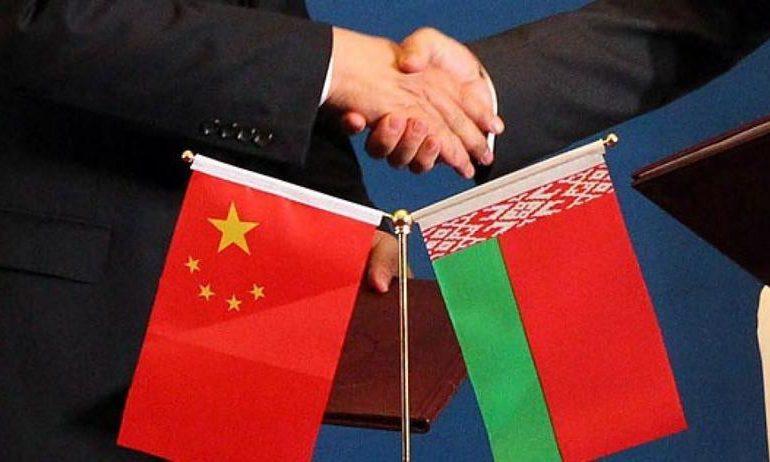 Китайские кредиты надо направлять на поддержку толковых частников - Лукашенко