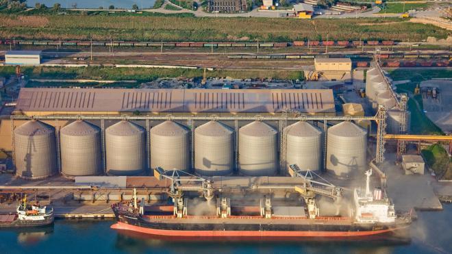 Корпорация из Китая намерена инвестировать 30 млн долларов в развитие порта и речной логистики Украины