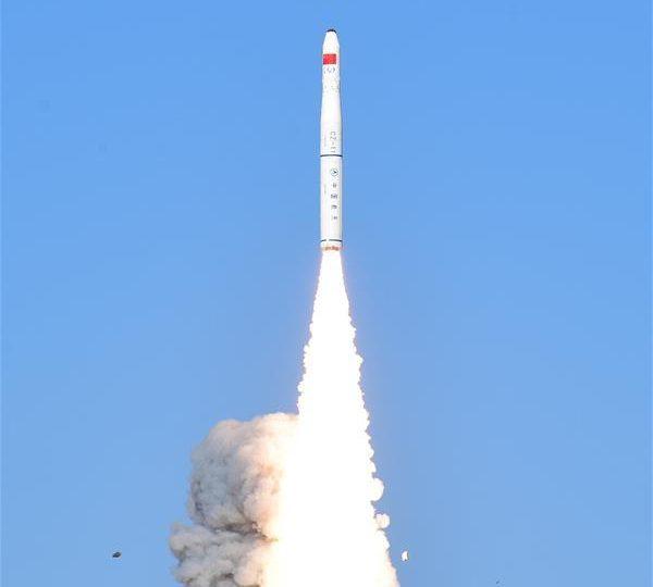 Китай запустил два спутника для мультиспектральной съемки