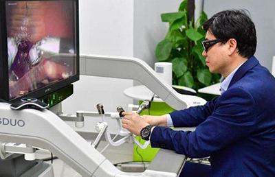В Китае успешно провели первое в мире дистанционное хирургическое тестирование с помощью технологии 5G