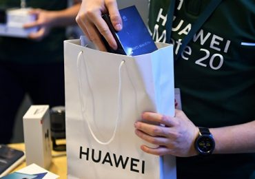 Продажи Huawei в Китае растут на фоне агрессивной рекламы и волны патриотизма