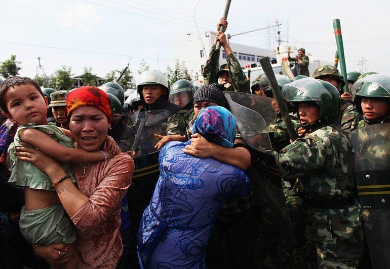 """Китай не доволен """"отвратительным"""" заявлением о концлагере для уйгуров"""
