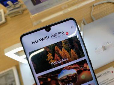 Смартфон Huawei P30 Pro может отправлять запросы на китайские серверы