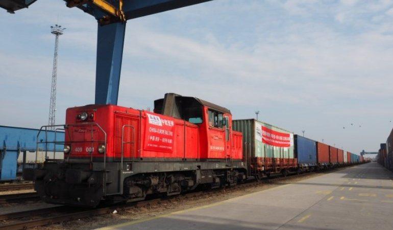 Контейнерный поезд с молочкой из Беларуси на $2,9 млн прибыл в Чэнду
