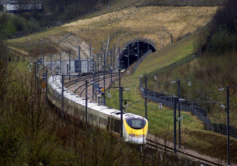 CREC-5 закончили раньше срока бурение двух тоннелей железной дороги Китай - Лаос