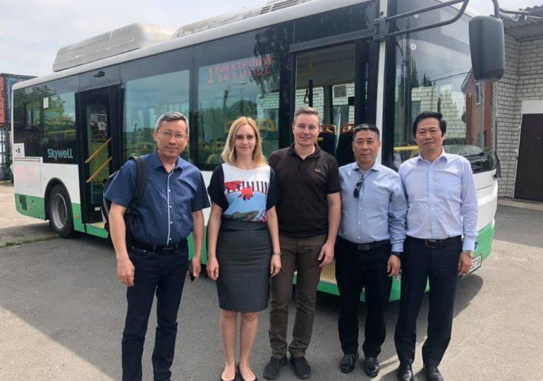 Китайская компания может открыть в Украине завод по сборке электробусов