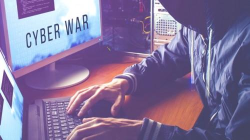 Хакеры России и Китая могут устроить кибератаку на военные спутники США