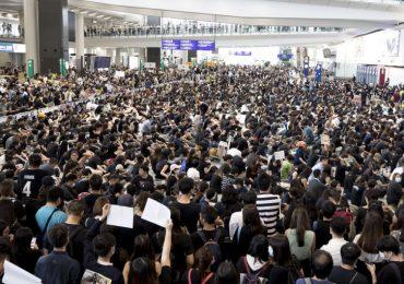 В Гонконге арестовали 149 протестующих