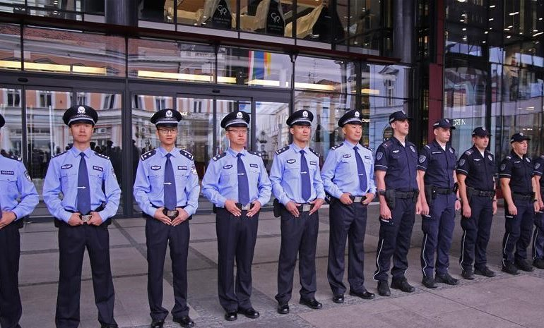 Полицейские Сербии будут патрулировать три города совместно с китайскими коллегами