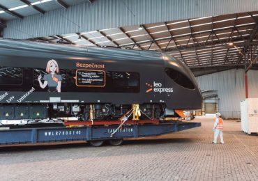 Leo Express показал сборку своего первого поезда из Китая