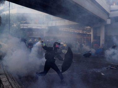 Китай отметил 70-летие беспорядками в Гонконге