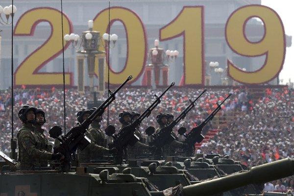 В Китае прошел крупнейший в истории военный парад