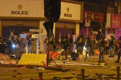 В Гонконге вспыхнули ожесточенные бои между протестующими и силовиками