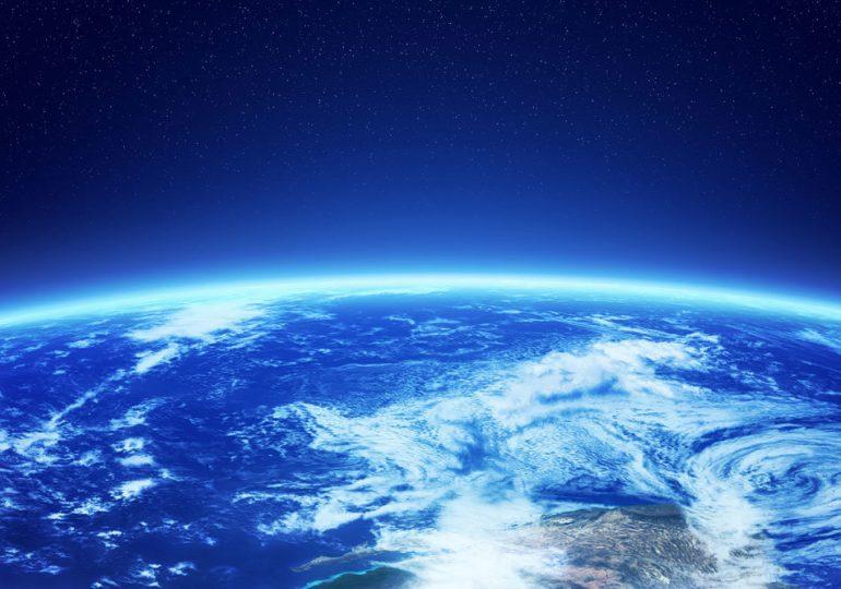 Китай планирует создать экономическую зону Земля-Луна с доходом $10 трлн в год
