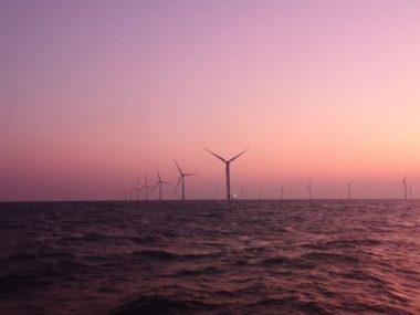 Китай построил уникальную ветроэлектростанцию