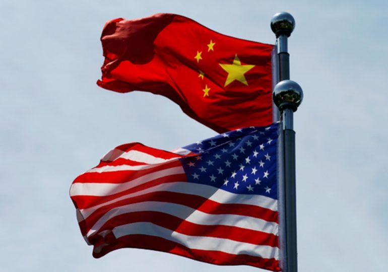 США включили Китай в «красный список» из-за вируса