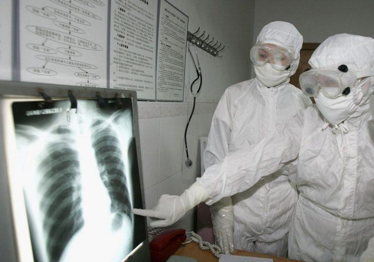 В Китае выяснили причину распространения вируса пневмонии