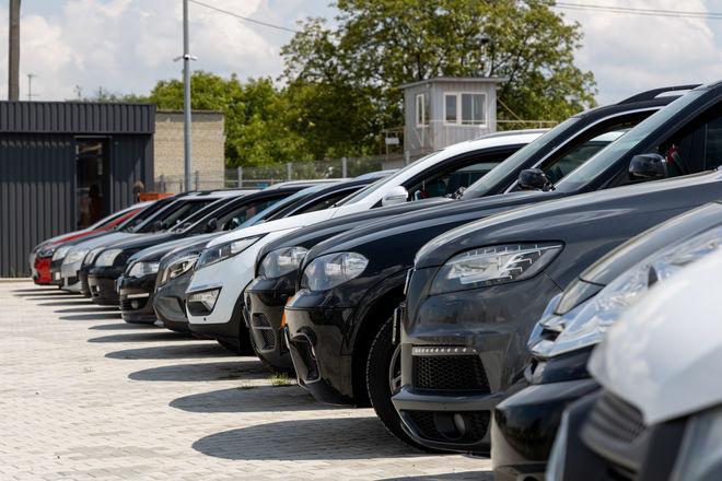 Коронавирус обвалил продажи авто в Китае более чем на 90%