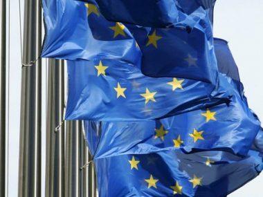 Евросоюз выделил Китаю 12 тонн защитного снаряжения для сдерживания вируса