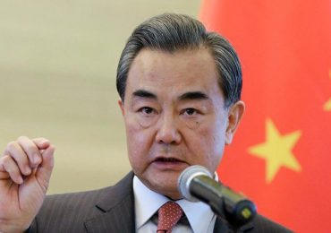 Глава МИД Китая доложил об успехах в борьбе коронавирусом