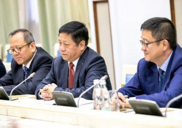 Посол Китая в России заявил, что Пекин разработал вакцину против коронавируса