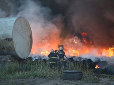 Крупнейший производитель стали в Китае Baosteel снижает производство жидкого чугуна из-за пожара