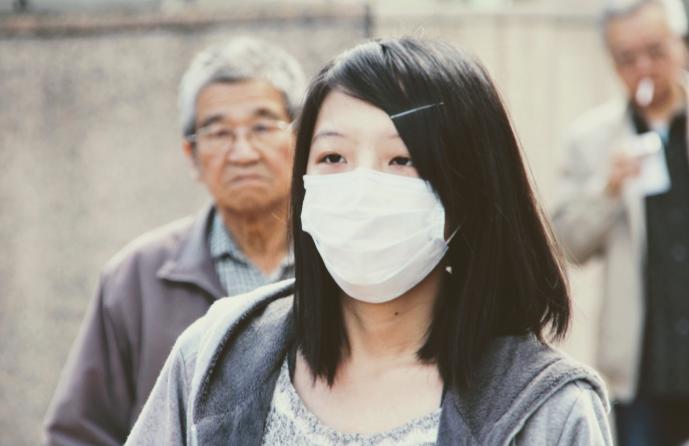 Медик из Китая считает возможной новую вспышку коронавируса