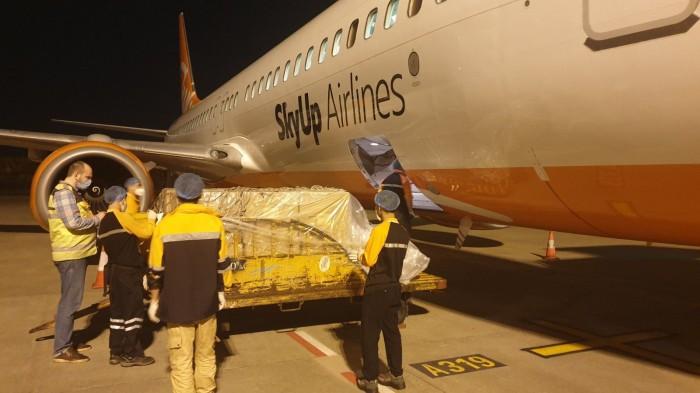 SkyUp будет перевозить медицинский груз из Китая в Италию