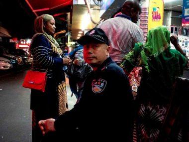 Расизм и коронавирус: Африка осудила дискриминацию своих граждан в Гуанчжоу