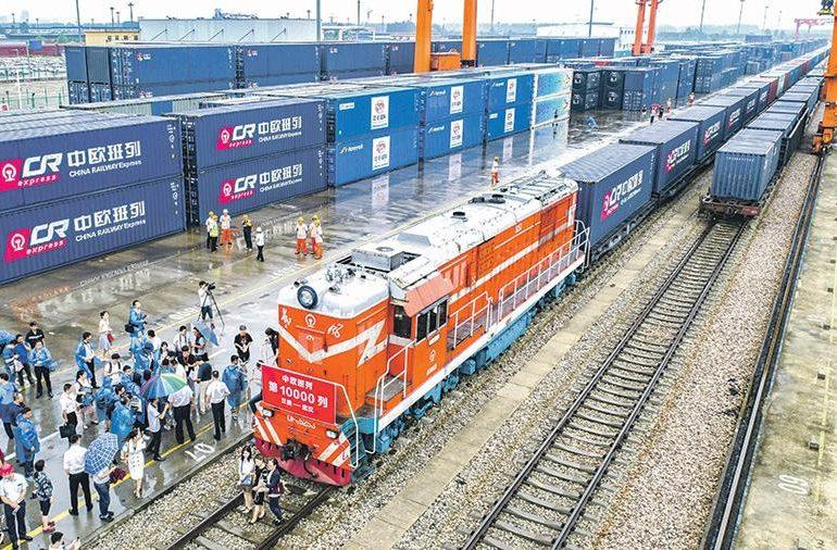Китай отметил рост товарооборота со странами «Пояса и пути»