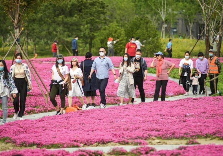 Китайцы совершили 115 млн внутренних турпоездок на Первомай