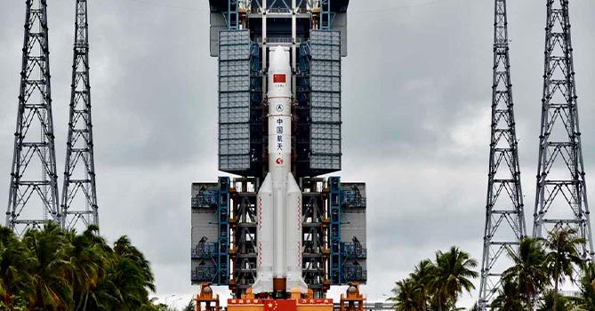 Вторая ступень тяжелой китайской ракеты упала на Землю