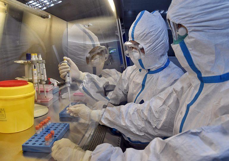 Появился не на рынке: китайские медики опровергли первую версию появления коронавируса