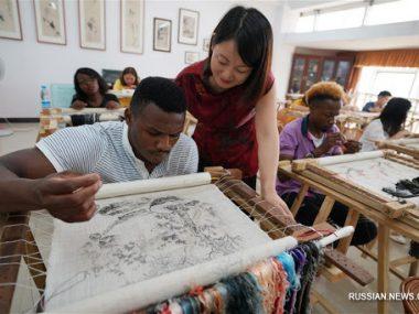 Китай обошел страны Запада по количеству стипендий для африканцев