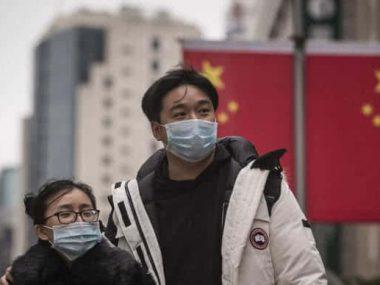 Китай усилил карантин в части Пекина из-за новой вспышки COVID-19