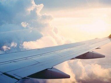 Китай намерен увеличить количество авиарейсов в страну в рамках «зеленых коридоров»