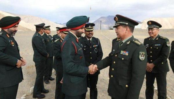 Индия и Китай отведут войска после «доброжелательного» диалога командиров