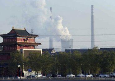 Экология и кризис. В Китае ускоренными темпами строят угольные электростанции для стимулирования экономики