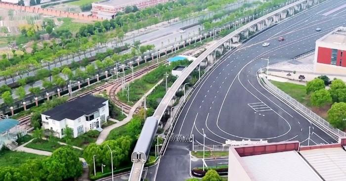 Китайский магнитный поезд разогнался до 600 км/ч