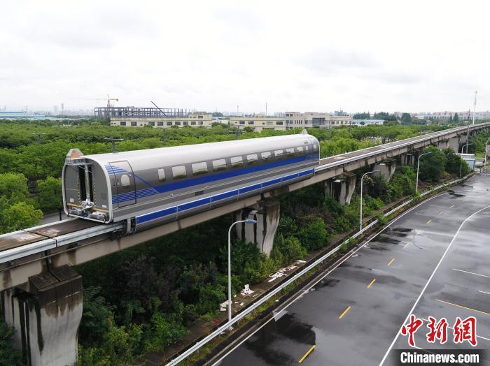 Китай провел успешные испытания самого скоростного поезда