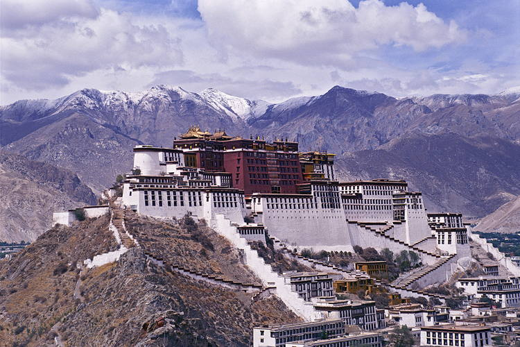 Китай построит крупный центр обработки данных в Тибете