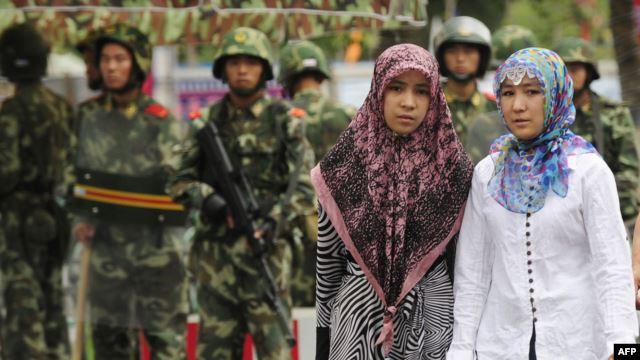 Китай проводит принудительный контроль над рождаемостью среди уйгуров