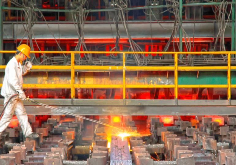 Китай увеличил выплавку стали на 1,4% в первом полугодии