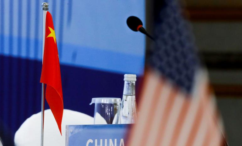 Китай вводит санкции в отношении американских законодателей