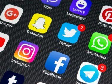 Вслед за Telegram Facebook, WhatsApp, Google и Twitter перестанут принимать запросы китайских властей на выдачу данных гонконгцев