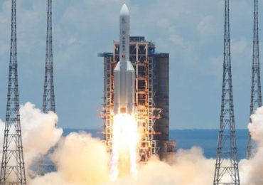 Китай запустил первую миссию на Марс