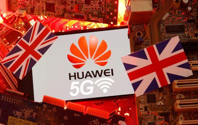 Китай примет ответные меры из-за запрета Huawei в Великобритании