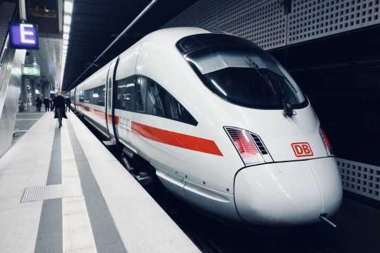 Европейский инвестбанк одобрил поставку китайских поездов для харьковского метро