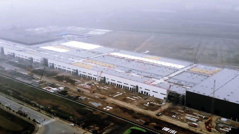 Промпредприятия Китая сократили прибыль в первом полугодии на 12,8%