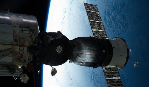 Китай запустил новый спутник APStar-6D